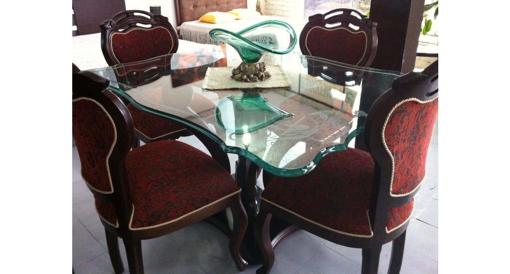 Comedor isabelino muebles y dise os pertell for Comedor isabelino